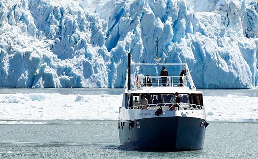 Navegación Glaciares Gourmet - Full day experience
