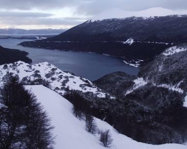 Lago Escondido y Centros Invernales